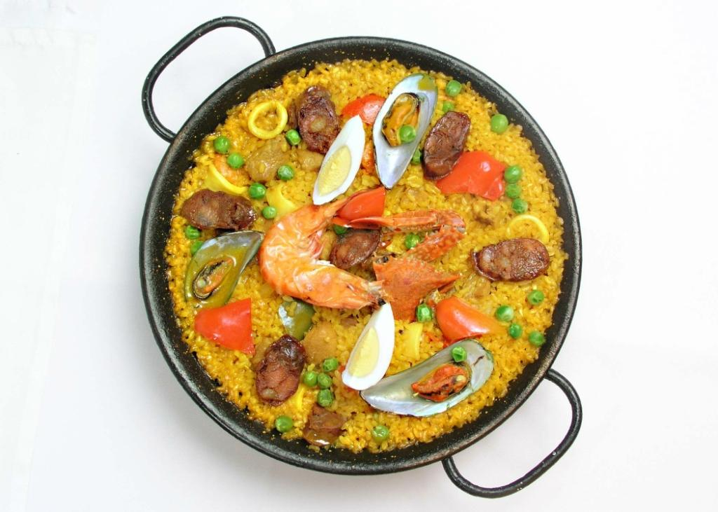 Paella's in Alba's Restaurant are the best. Buy Alba's Gift Certificates and Gift Cards at Gifted.PH online for anyone in Manila Philippines