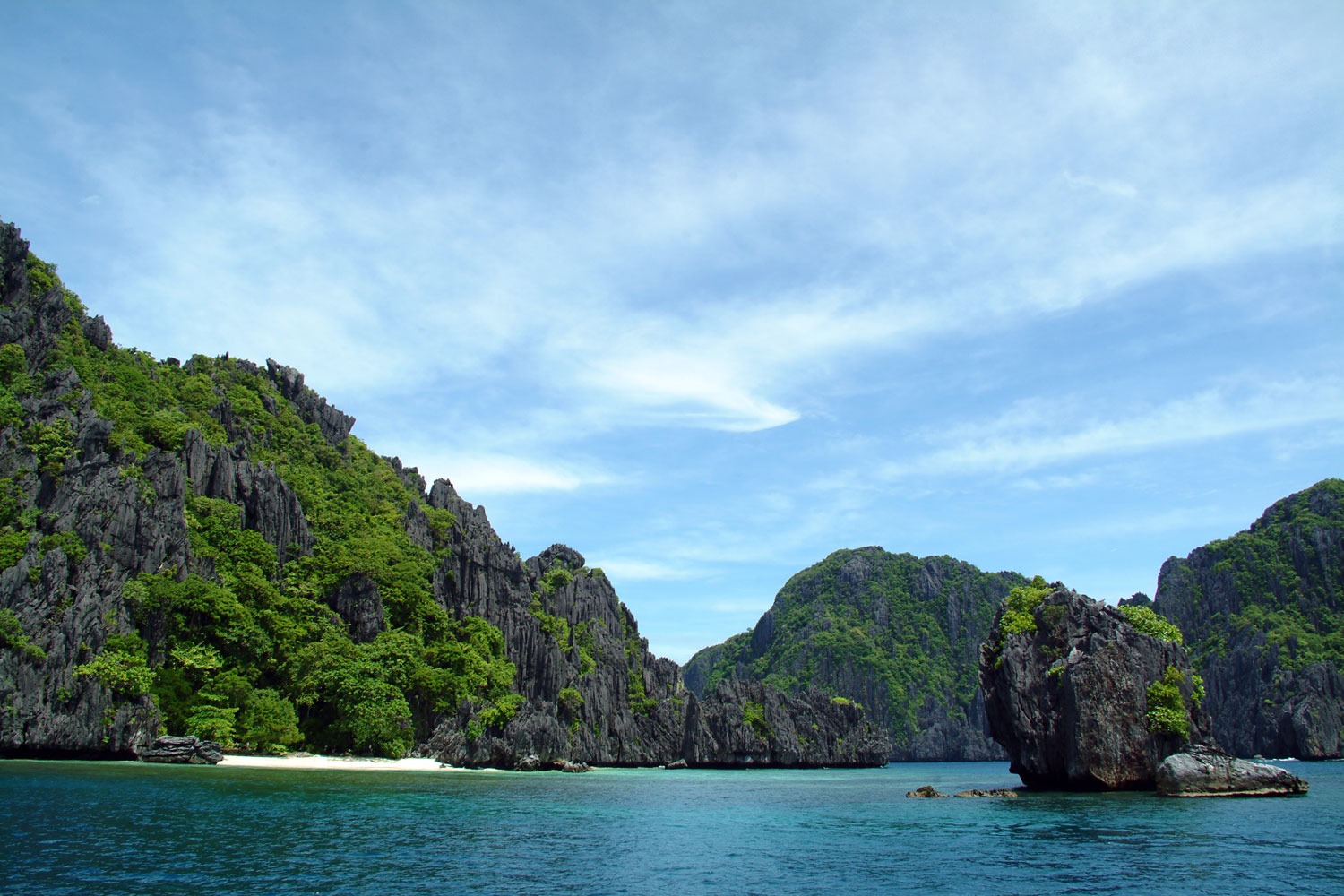 Visit Palawan Philippines with Uncharted gift certificates from Gifted.PH